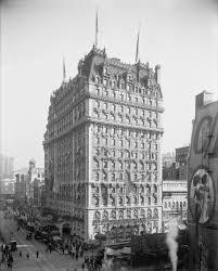 Knickerbocker Hotel NYC 1909 | https://commons.wikimedia.org/wiki/File:Knickerbocker_Hotel.jpg