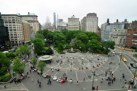 New York Union Square | https://commons.wikimedia.org/wiki/File:1_new_york_city_union_square_2010.JPG