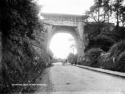 Egyptian Arch Newry, Co. Down | https://commons.wikimedia.org/wiki/File:Egyptian_Arch,_Newry,_Co._Down,_circa_1905_(7499763628).jpg