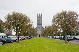 Tuam Cathedral, Co. Galway | https://commons.wikimedia.org/wiki/File:Tuam_Cathedral_of_the_Assumption_2009_09_14.jpg