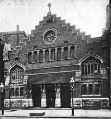 St. Catherine of Genoa's Church. U.S.   https://commons.wikimedia.org/wiki/File:Saint_Catherine_of_Genoa%27s_Church,_New_York,_New_York.jpg