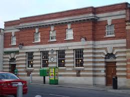 Blackrock Post Office  | https://commons.wikimedia.org/wiki/File:Old_Post_Office_building,_Blackrock,_Dublin.JPG