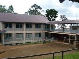Kibosho Hospital | https://commons.wikimedia.org/wiki/File:Visit_to_Kibosho_Hospital,_in_the_Kilimanjaro_region._Telemedicine_is_used_here._November_2010_(33)_(5349029170).jpg