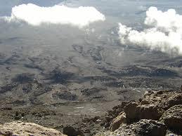 Kilmanjaro Tanjania Panorama 2100 by Jang Woo Lee | https://commons.wikimedia.org/wiki/File:Kilimanjaro,Tanjania_-_panoramio.jpg