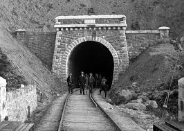 Railway Tunnel Newport Co. Mayo by Robert French | https://commons.wikimedia.org/wiki/File:Railway_tunnel_at_Newport,_County_Mayo.jpg