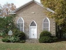Paris Plains Church 1845 Mac Armstrong | https://commons.wikimedia.org/wiki/File:Paris_Plains_Church,_1845,_cobblestone_architecture.jpg