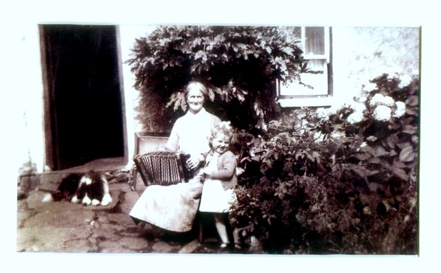 Granny & Kathleen | Kathy Ryder Personal Collection