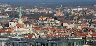 Panaroma Ponzan, Poland | https://commons.wikimedia.org/wiki/File:Panorama_Pozna%C5%84_0113.JPG
