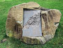 Anzac Gallipoli War Memorial 2012 | https://commons.wikimedia.org/wiki/File:Anzac_Gallipoli_War_Memorial,_Battersea_Park_-_London..jpg