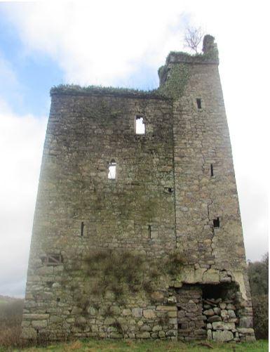 Dysart Castle | Samantha Morris