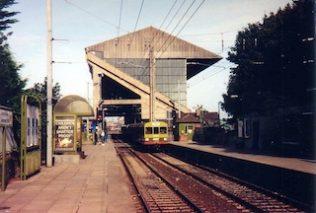 Lansdowne Road Rail Station platform | Irish Railway Records Society