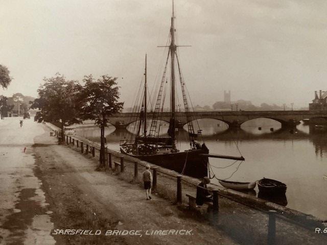 The 'Lily Doreen' docked at Sarsfield Bridge, Limerick City | McMahon Family Archive