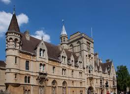 Balloli College | commons.wikimedia.org