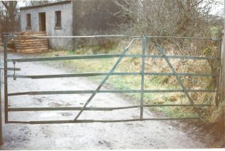 Gate with extension to widen it's reach | Tom Doyle
