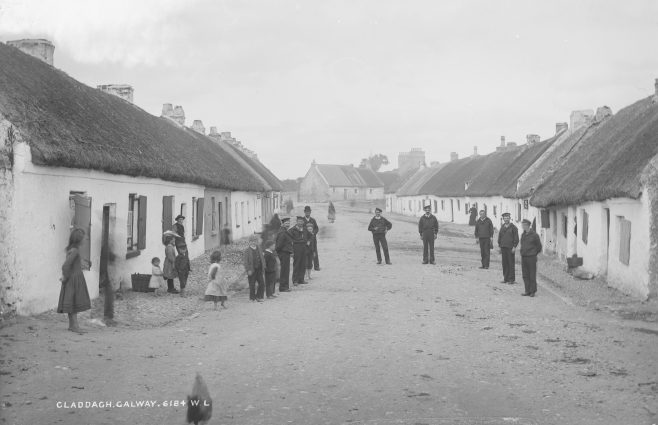 People of the Claddagh, c. 1900. | Courtesy of the National Library of Ireland.