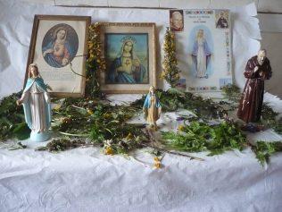 Outdoor May Altar | Maura McPhillips