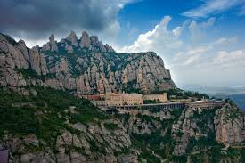 Monserrat | commons.wikimedia.org