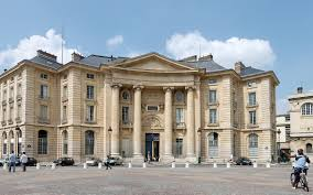 Sorbonne, Paris   commons.wikimedia.org