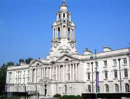 Stockport Town Hall   commons.wikimedia.org