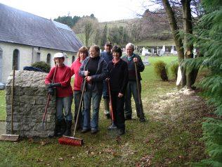 Volunteers at graveyard | Askanagap Community Development Association