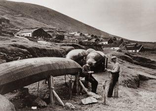 History of The Irish Currach | Thomas Mason