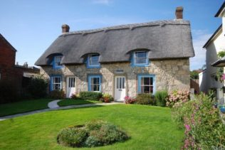 Images of modern style thatching