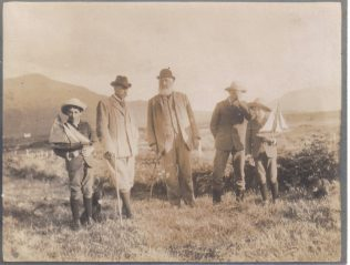 William Houston, his sons and Hugh MacDonell (centre)